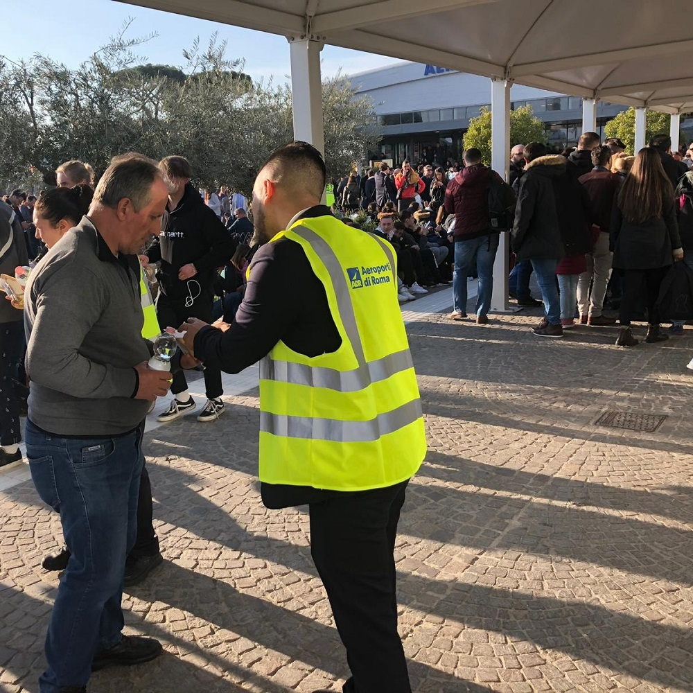 Fumo da intercapedine, evacuato scalo Ciampino