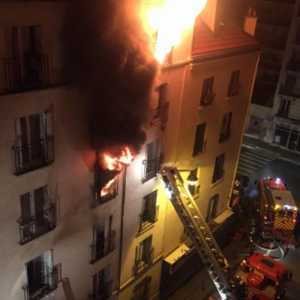 Francia: fiamme immobile Parigi, 7 morti