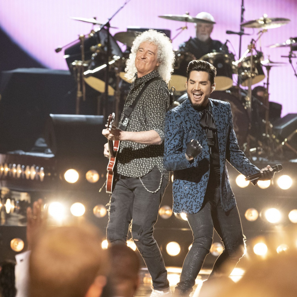 Queen e Adam Lambert, ecco il documentario The Show Must Go On