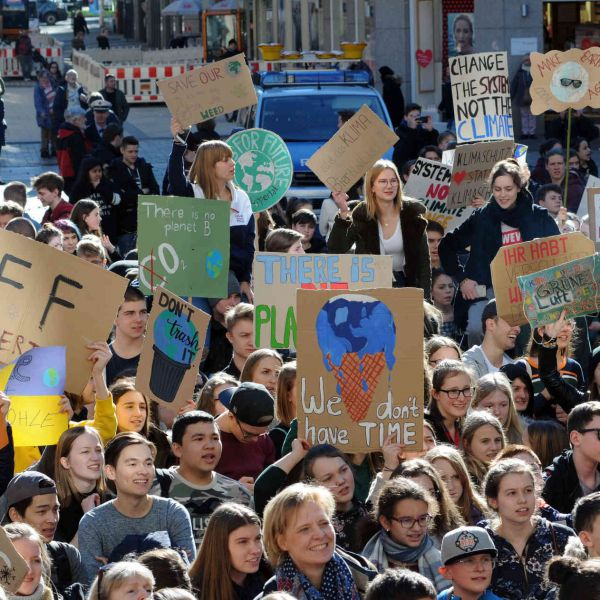 Clima, Fridays for Future Italia, Governo dichiari emergenza